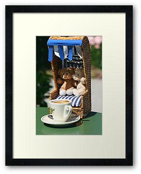 Bärige Kaffeepause mitten in der City © Liz Collet, Botanischer Garten, Café im Botanischen Garten, Botanischer Garten München