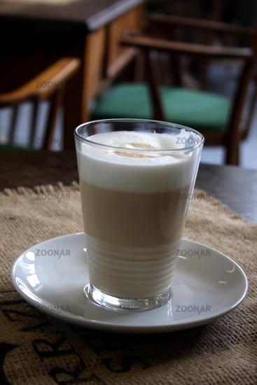 Latte Macchiato © Liz Collet